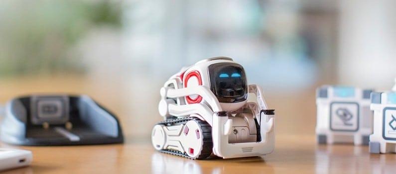 robot intelligent cozmo
